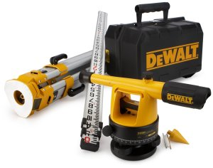 dewalt dw090pk 20x Builders Level Package tripod case