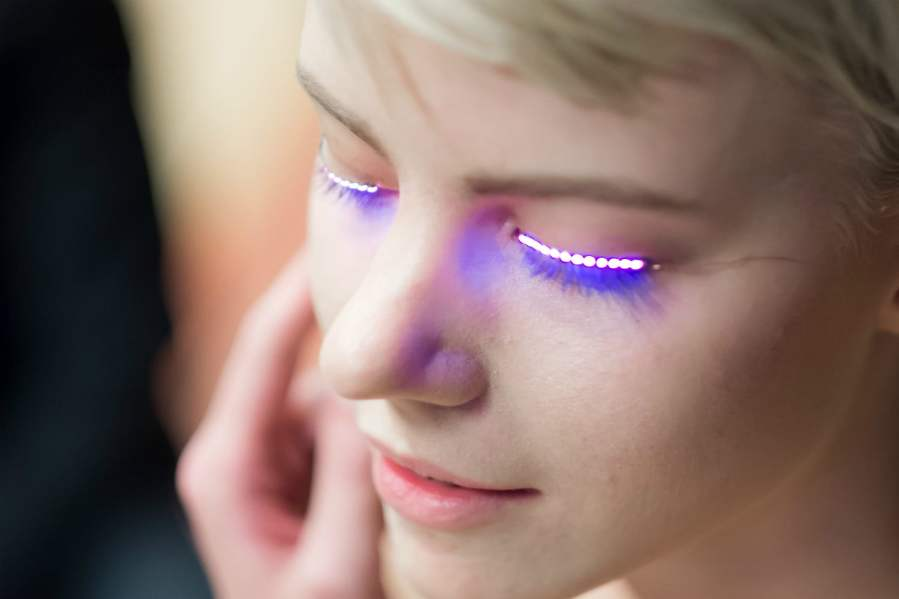 LED eyelashes - Eyelash Blog & Beauty Tips
