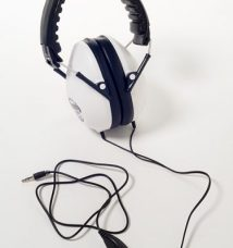headphones-3-375x400