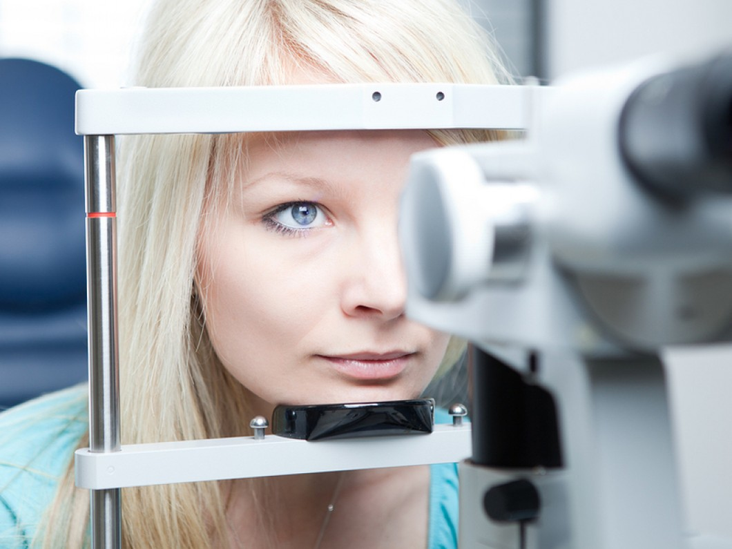 optometry-concept-pretty-you-