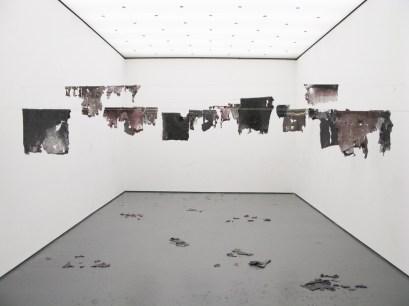 Desprendimientos_Galeria dos Leões - Reitoria da Universidade do Porto, Portugal