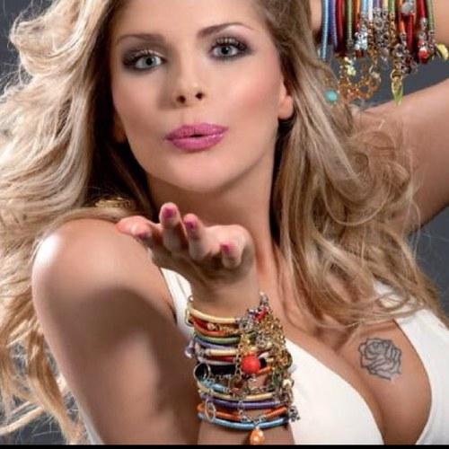 Francesca Cipriani espectacular modelo