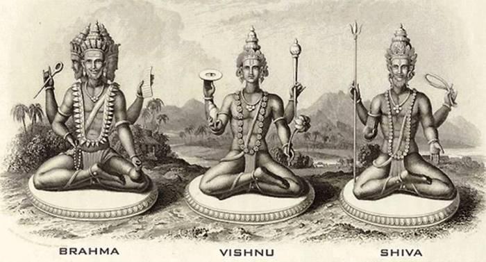 Triadas divinas