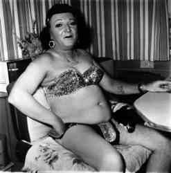 hermaphrodite-and-dog-in-a-carnival-trailer-diane-arbus-maryland-1970
