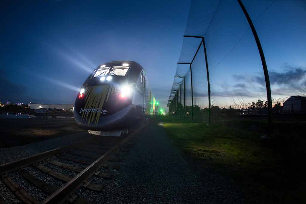Go Brightline Florida Train Amp Travel Las Olas Boulevard