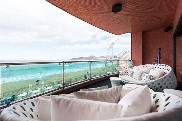 Luxury beachfront9