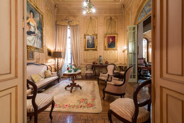 This Triana palace is perfect for an urban hotel
