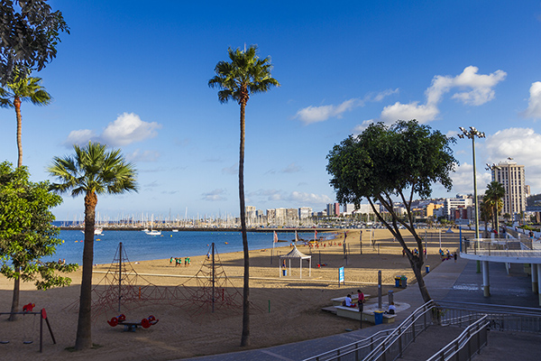 Spacious Alcaravaneras flat for sale in Las Palmas de Gran Canaria