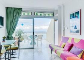 Beachfront studio apartment for sale in Las Palmas de Gran Canaria