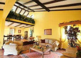 5-bed villa with pool for sale in Tafira close to Las Palmas