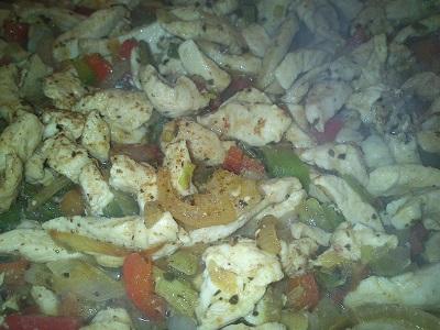 Fajita de pollo y pimientos