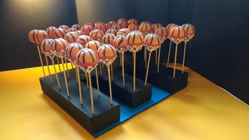 Cakes Pops Basket (36)
