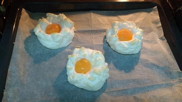 Nubes de huevo