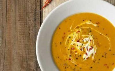 Recetas – Sopa de calabaza con chili y crema fresca
