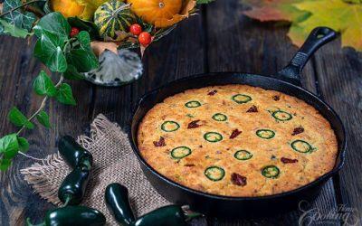 Skillet Cornbread :: Aventura de cocina casera