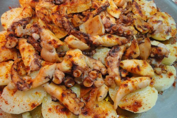 Pulpo con patatas0 (0)