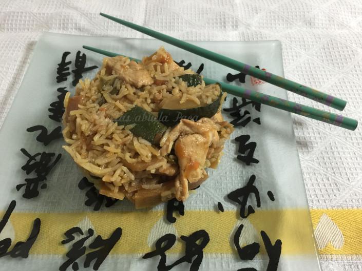 Arroz con pollo y verduras al garam masala