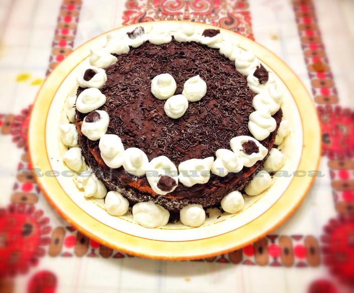 Tarta de chocolate y nata0 (0)