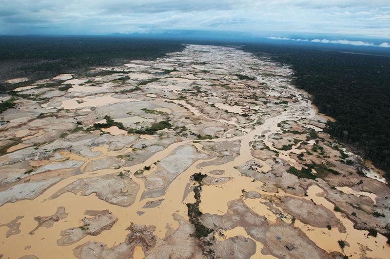 Minería ilegal en Madre de Dios. Foto: Andina