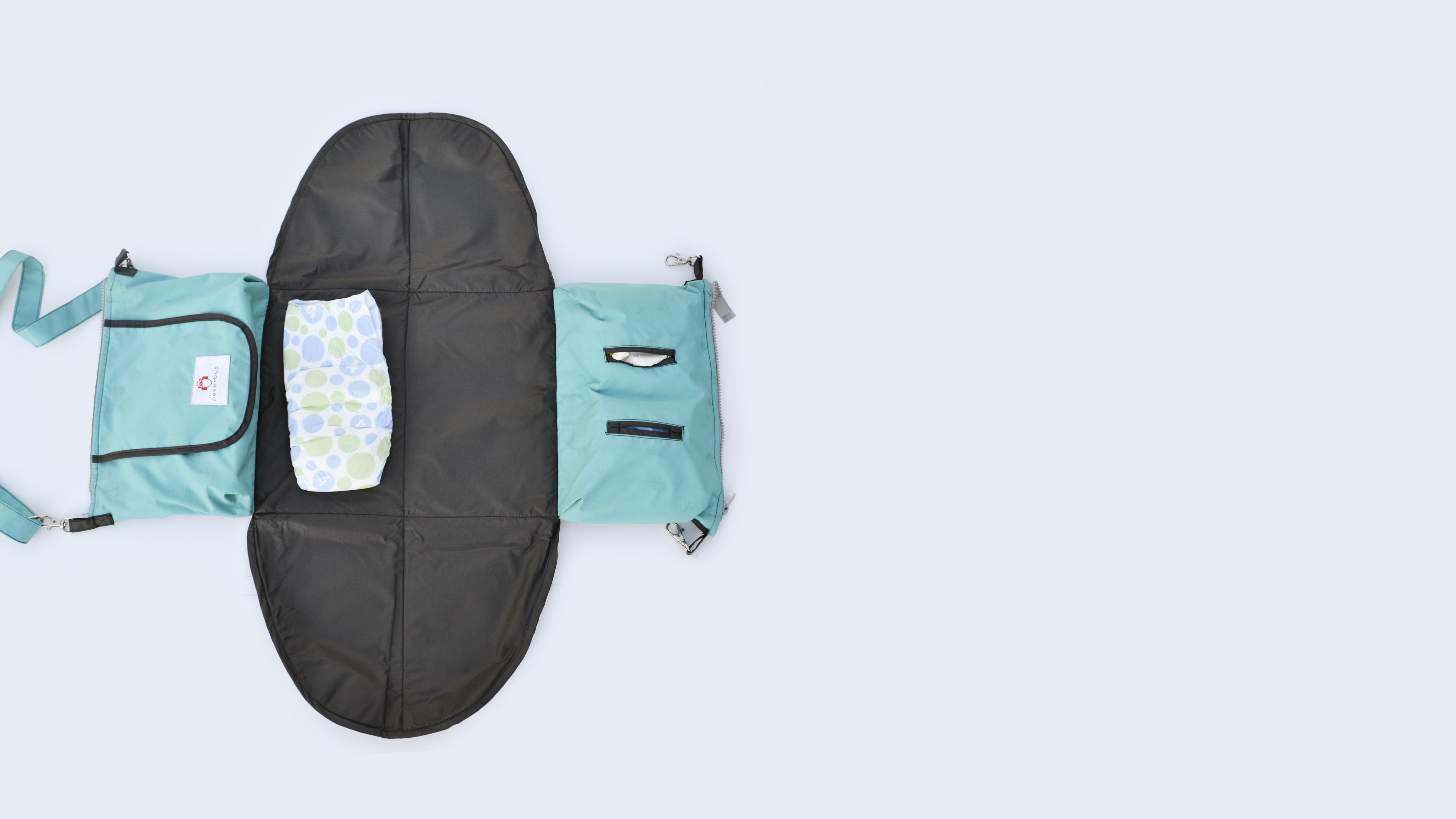 Peke Bou is a student startup selling an innovative diaper bag.