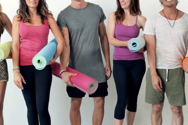 Self-Rolling Fitness Mat Invented by Local Yoga enthusiasts