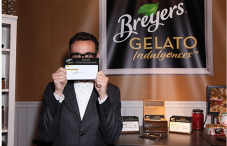 Fred-Armisen-at-the-Breyers