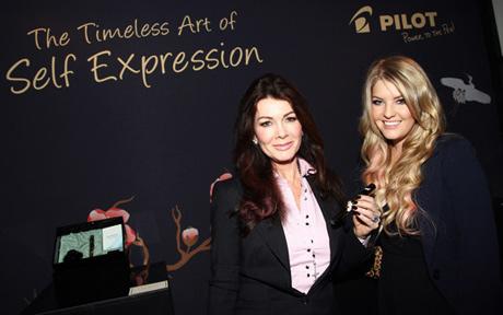 Lisa Vanderpump with daughter Pandora with Pilot Pen