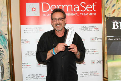 Rob Steinburg at Derma Set
