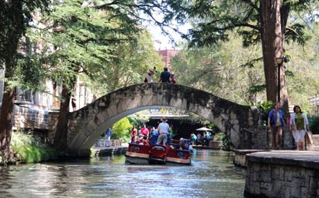 San Antonia River Wal