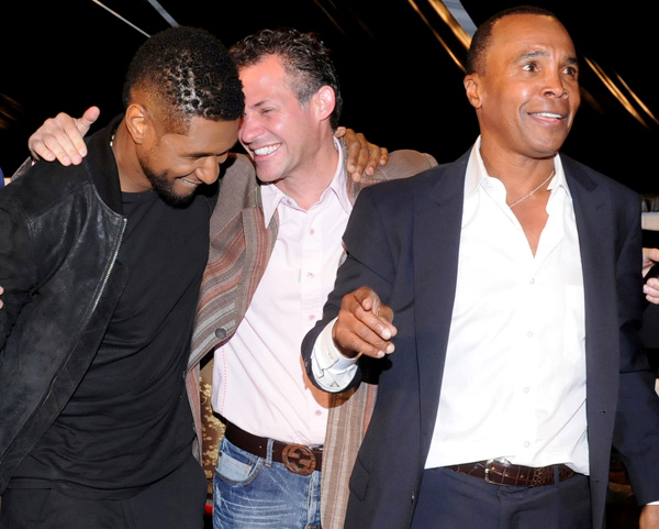 Gavin Keilly, with Usher and Sugar Ray at Annual Gala for Diabetes