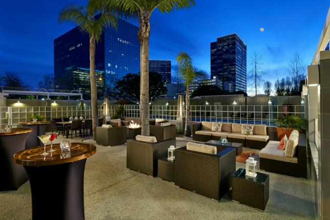 DoubleTree by Hilton LAX