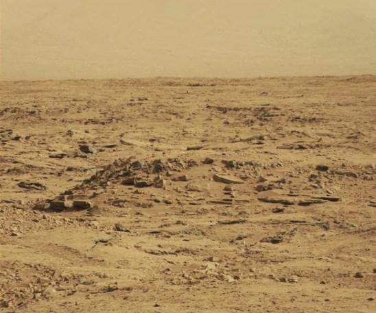cb268 marte2bobjetos2byy - Marte muestra evidencias de civilizaciones habitantes de la superficie marciana