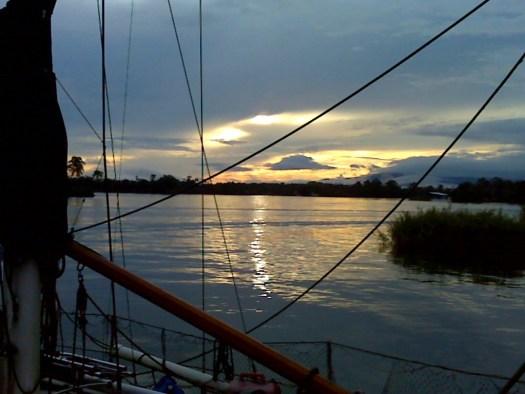 Sunrise Rio Dulce