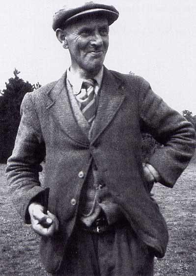 Basil Brown, il primo archeologo dilettante a scavare nel sito