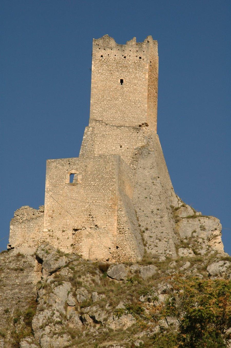 Torre Del Balzo di Pescina