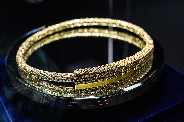 La collana del re (Foto: Vera Salnitskaya)