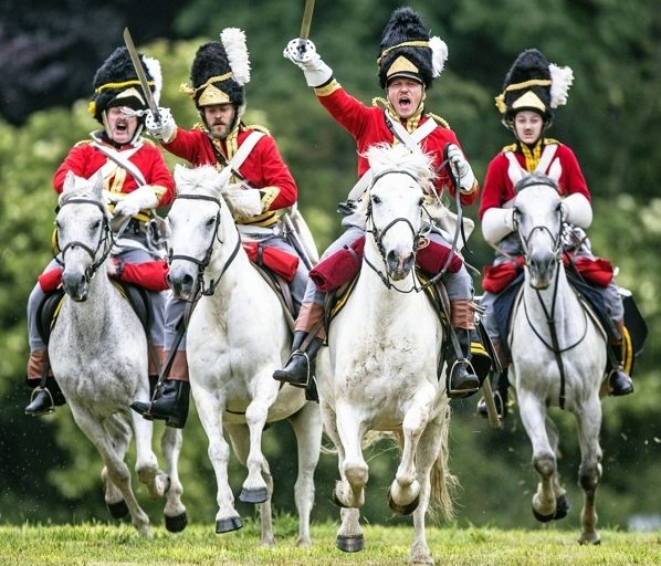 Immagine dalla Rievocazione della Battaglia di Waterloo in occasione del bicentenario. (Foto: Richard Pohle/The Times)
