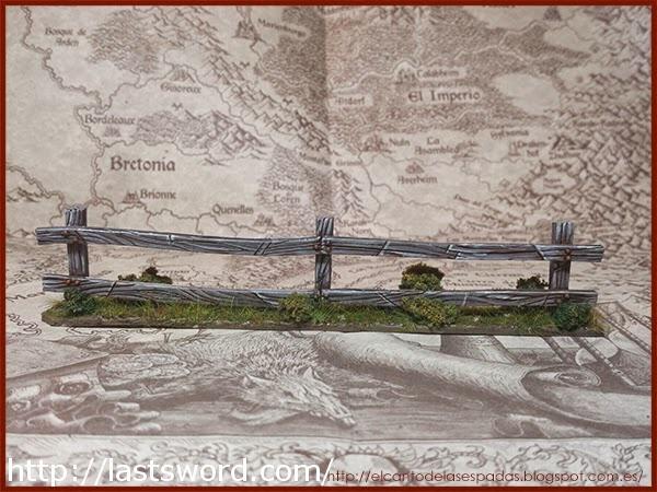 Valla-Madera-Warhammer-Wooden-Fence-Pintada