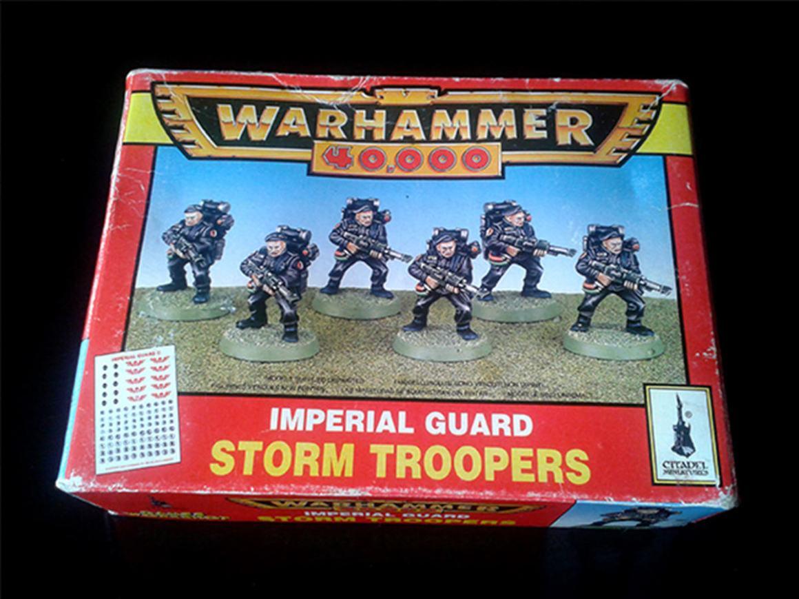 Comi-Imperial-Guard-Stroom-Troopers-Warhammer-40k