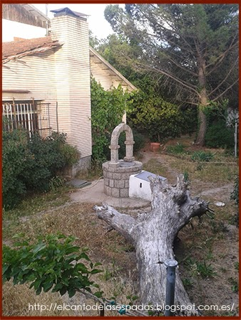 Pozo-Water-Well-Piedra-Stone