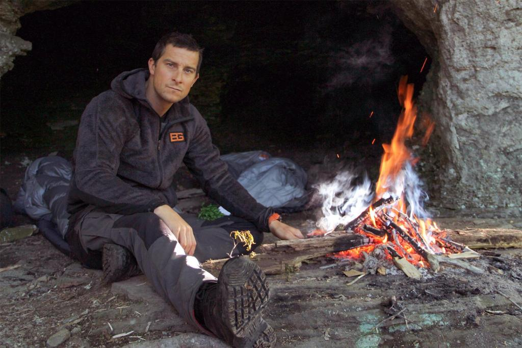 bear-grylls-fire