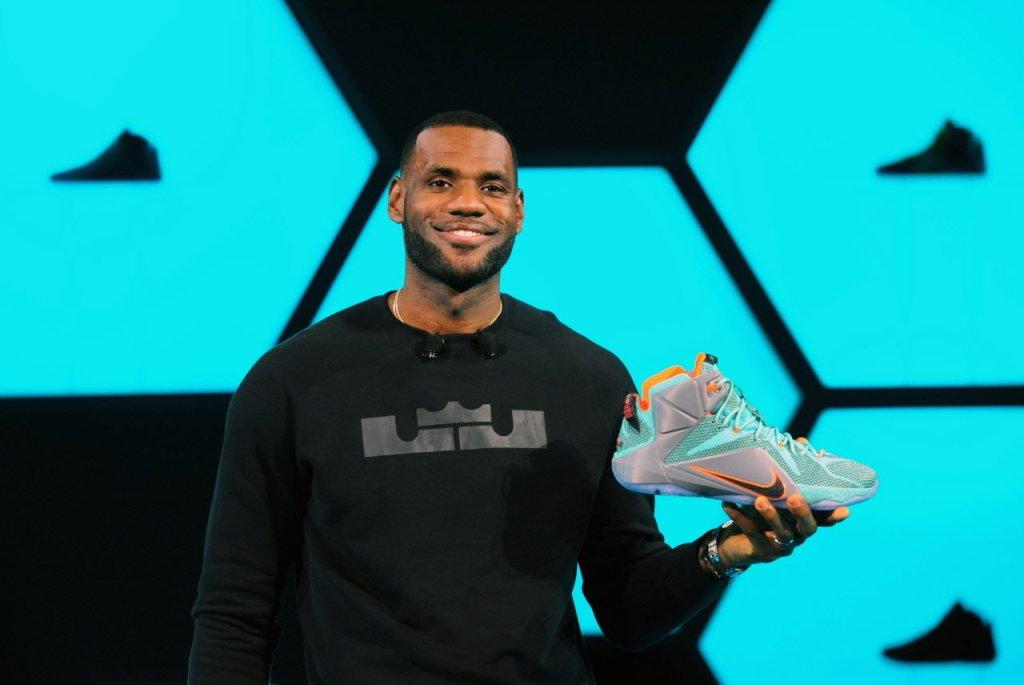 la-connerie-du-jour-adidas-avait-la-possibilite-de-signer-lebron-james