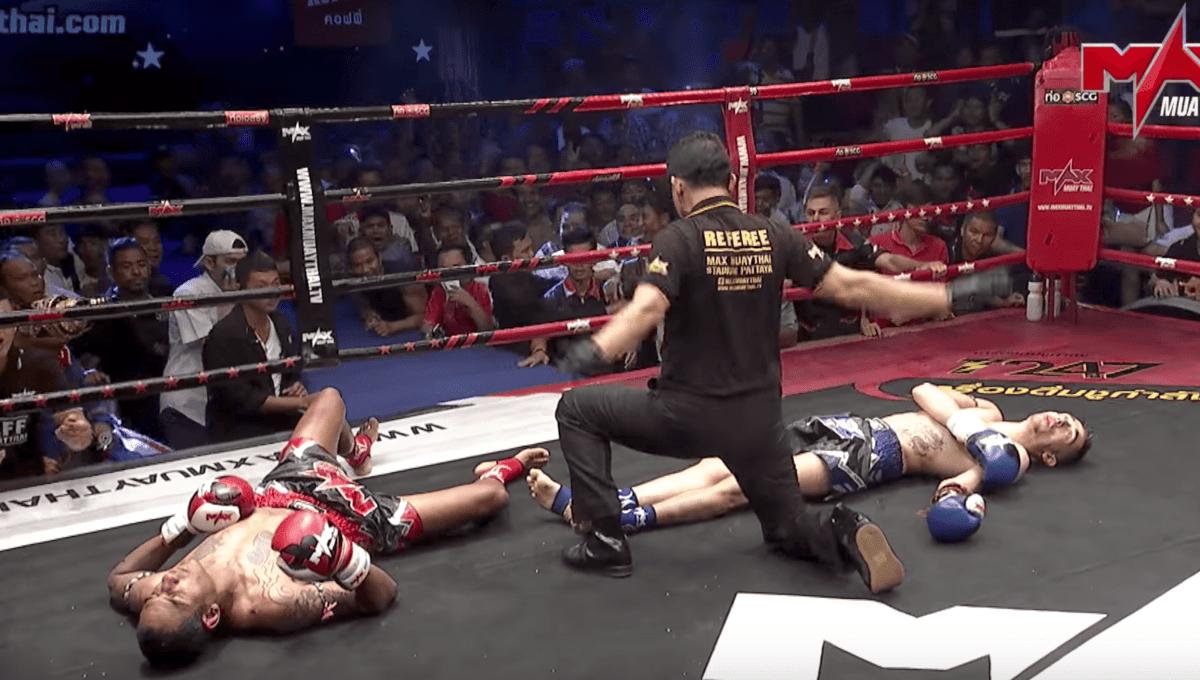 Un énorme double KO lors du Max Muay Thai