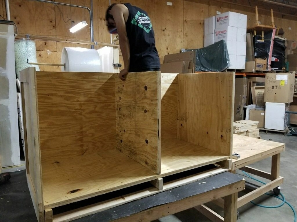 creating custom wood crates for shipping