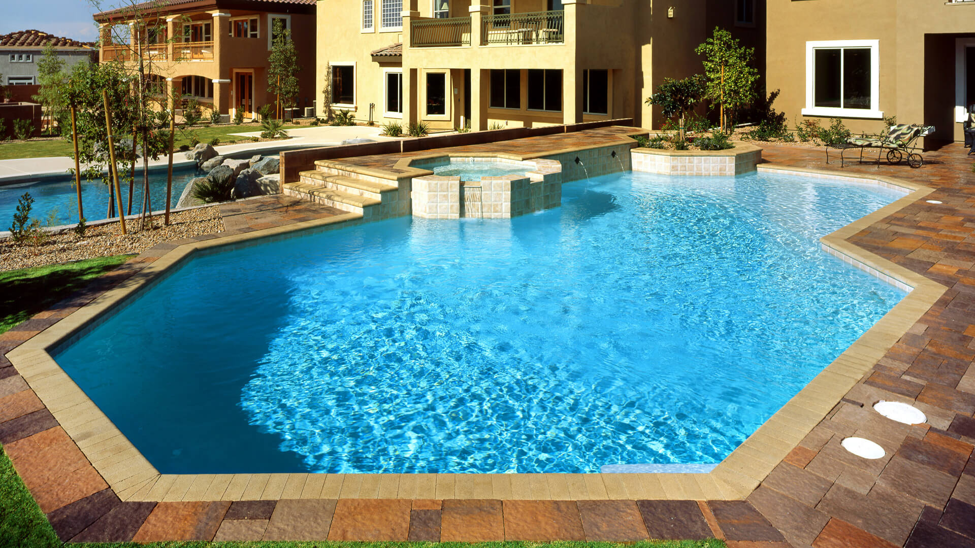 Modern Polygonal Shaped Custom Swimming Pool Design - Las Vegas, Nevada