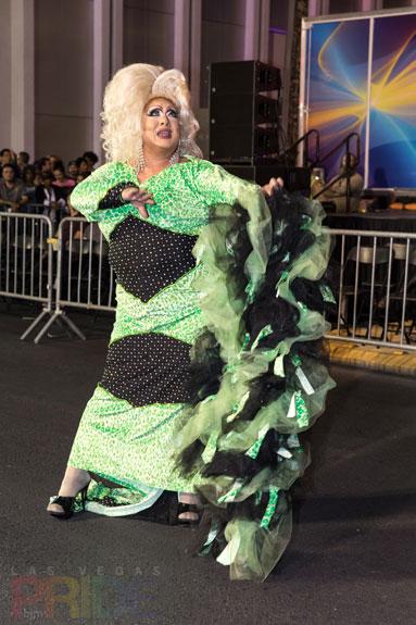 2016-PridePreParade_027
