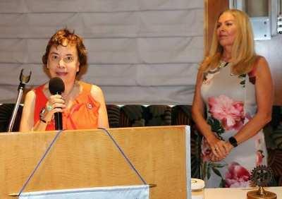 Kathy Mahon led the invocation.