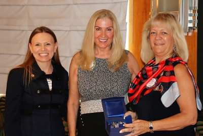 Melanie Muldowney and President Jackie awarded Rose Falocco with Major Donor Level 1.