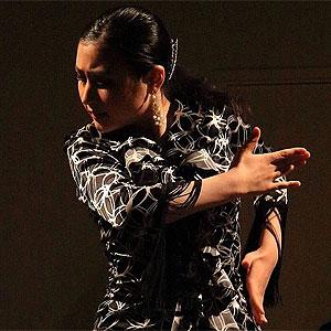 Sayane BRACHET, danseuse japonaise de Flamenco, se produit exceptionnellement en Camargue à LA TABLE à RALLONGE
