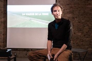 """docu """"La valeur de la terre"""" Photo Thibaud Morin"""